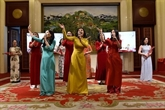 Les Vietnamiens dans le monde célèbrent la fête du Têt