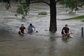 Australie : des milliers de personnes évacuées après des inondations