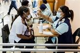 Une deuxième vague plus sévère en Afrique, mais moins de restrictions