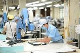 L'industrie textile vietnamienne lutte contre la pandémie avec les EPI