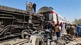 L'Égypte enterre les victimes de la catastrophe ferroviaire