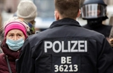Allègement du confinement en Angleterre, alertes médicales en France