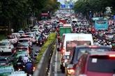 Construction d'une route pour faciliter la circulation autour de l'aéroport de Tân Son Nhât