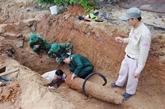 Bombe de guerre désarmorcée dans un quartier résidentiel à Quang Binh