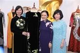 Objets et photos liés aux femmes remis au Musée des femmes du Vietnam