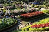 La saison touristique d'été à Sâm Son commence par une fête des fleurs