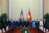 Le président Nguyên Xuân Phuc reçoit des diplomates des pays de l'ASEAN
