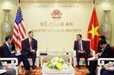 Le ministre de la Police reçoit l'ambassadeur américain sortant Daniel Kritenbrink