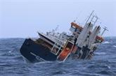 Norvège : le cargo à la dérive pris en remorque, risques d'échouement écartés