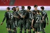 Manchester United, l'AS Rome et Villarreal prennent une option