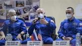 Une fusée Soyouz et son équipage dans l'espace, 60 ans après Gagarine