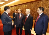 Félicitations adressées aux dirigeants vietnamiens