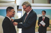 Un Docteur vietnamien honoré par la France