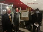Le Vietnam fait don de matériel médical à l'Inde dans la lutte contre le COVID-19