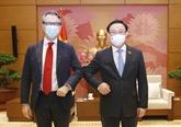 Le président de l'Assemblée nationale reçoit le chef de la délégation de l'UE au Vietnam