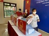 Les élections se déroulent comme prévu dans tout le pays