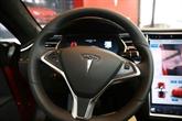 Se promener dans une Tesla sans conducteur ? Déjà un jeu d'enfant sur Youtube et Tiktok