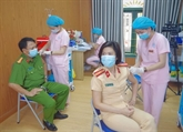 Sécurité maximale pour la campagne de vaccination déployée au Vietnam