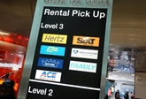 Aux États-Unis, les voitures de location deviennent rares et chères