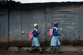 COVID-19 : en manque de vaccins, l'Afrique frappée par une 3e vague