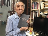 À presque 90 ans, Duong Tuong traduit le Kiêu en anglais