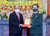 Le président Nguyên Xuân Phuc nomme le nouveau chef d'état-major