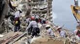 Au moins 12 morts dans l'effondrement de l'immeuble en Floride, où Biden se rend