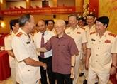 Le chef du Parti exhorte à construire la Police populaire bien exercée et moderne