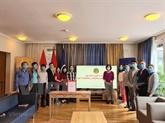 L'ambassade du Vietnam en Suisse au chevet au Fonds de vaccination anti-COVID-19