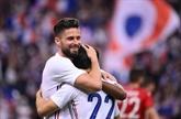 Les Bleus de Giroud enchantent les fans mais craignent pour Benzema avant l'Euro