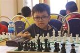 À 9 ans, il devient maître national d'échecs