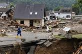 Inondations : Merkel découvre un sinistre