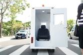 L'École polytechnique de Dà Nang invente une cabine transportant des patients du COVID-19
