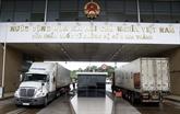 Les échanges commerciaux via les portes frontalières de Lào Cai en hausse de 42%