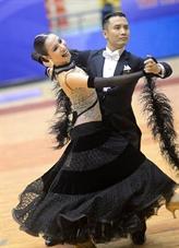 Danse sportive : Hông Viêt et Thu Trang, un couple en or