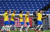 Foot : le Brésil bat l'Allemagne 4-2 pour ses débuts