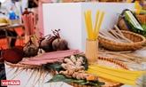 Légumes et tubercules transformés en pailles comestibles