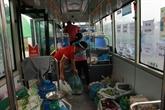 Des bus convertis en points de vente ambulants en temps de quarantaine