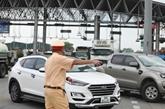 Hanoï régule le trafic pour éviter les embouteillages aux portes de la ville