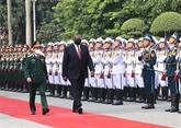 Le secrétaire à la Défense américain en visite officielle au Vietnam
