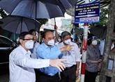 Le président Nguyên Xuân Phuc se rend à Hô Chi Minh-Ville