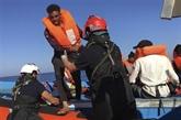 Les 369 migrants secourus dans la nuit en Méditerranée à bord de l'Ocean Viking