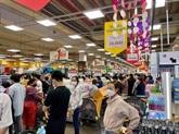 Grosse affluence dans les supermarchés deHô Chi Minh-Ville