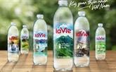 Publicité de 100 merveilles naturelles du Vietnam sur les bouteilles d'eau minérale La Vie