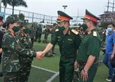 Les médecins militaires viennent en aide à Hô Chi Minh-Ville et à Binh Duong