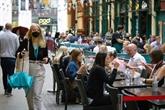 L'économie britannique repart de l'avant mais des risques persistent