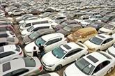 En Chine, un immense cimetière de voitures après les inondations