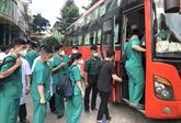 Des professionnels de santé continuent de venir en renfort de Hô Chi Minh-Ville