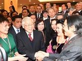 Conclusion du politburo du Parti sur le travail lié aux Vietnamiens à l'étranger
