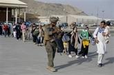 Les talibans mettent en garde les États-Unis contre tout report du départ de leurs soldats
